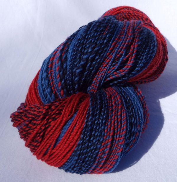 Laine filée shetland rouge et bleu – fractale 1197