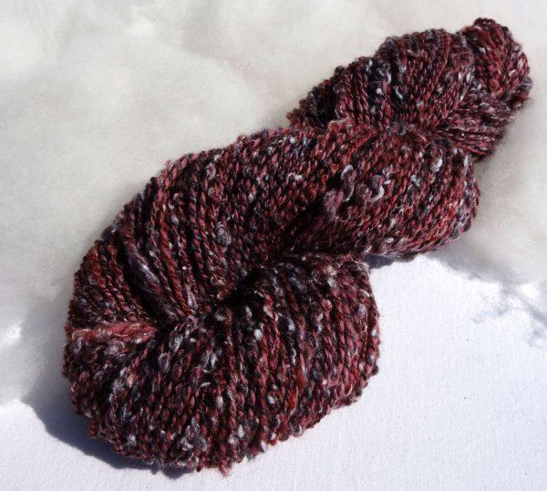 Laine filée mérinos tweedée rouge bordeaux Teinture écoresponsable sans métaux lourds. 1342-1343
