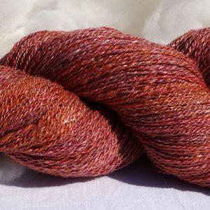 Laine filée mérinos et soie – rose et orange. 248