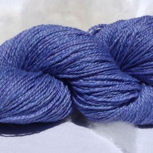 516 Laine mérinos – baby lama – fibre de rose. Très doux.